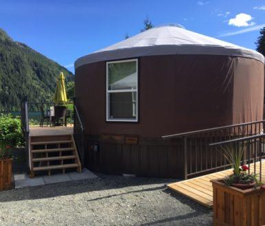 moutcha bay resort yurts